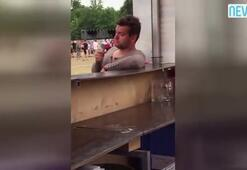 Sarhoş adamın dondurmayla imtihanı