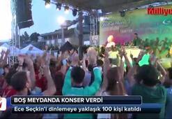 Ece Seçkin boş meydanda konser verdi