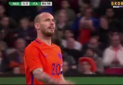 Lens verdi, Sneijder bombaladı ama...