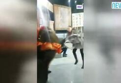 Stüdyoda ayı saldırısı