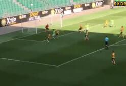 Mario Gomez golle başladı
