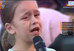 Anne babası ayrı olan çocuğun ağlatan sorusu