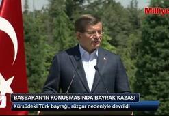 Başbakanın konuşmasında bayrak kazası