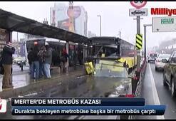 Merterde metrobüs kazası