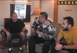 Volkan Demirel şarkı söylerse...