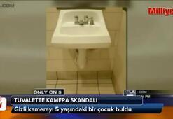 Tuvalette gizli kamera skandalı