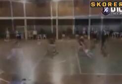 Romalı oyuncu salon futbolunda kavga etti