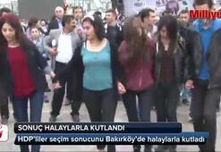 HDP'liler, seçim sonucunu Bakırköy'de kutladı