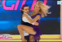 Burcu Esmersoyun nefes kesen dansı