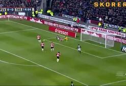 PSV liderliği bırakmıyor...