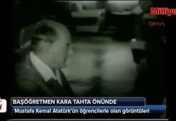 Başöğretmen Mustafa Kemal Atatürk öğrencilerle