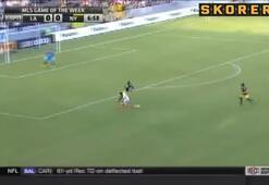 Robbie Keaneden gol dersi Muhteşem aşırtma...