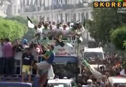 Cezayir şampiyon gibi karşılandı