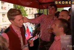 Bayernli futbolcular birbirlerini tokatladı
