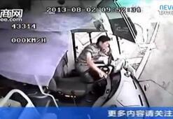 Şoför camdan böyle fırladı
