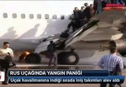 Rus uçağında yangın paniği