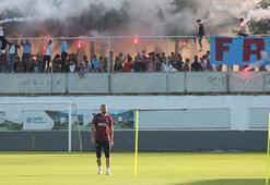 Trabzon taraftarı, Burak Yılmazı tribüne çağırdı