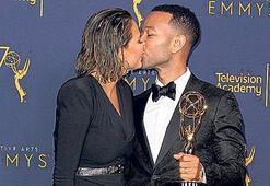 Ödül öpücüğü