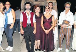 Festivali 'Zorba' başlattı