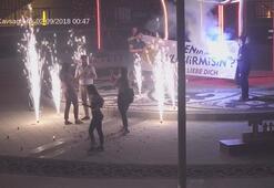 Son dakika: Gece yarısı ellerinde pankartla geldiler Polis kamerasına takıldı