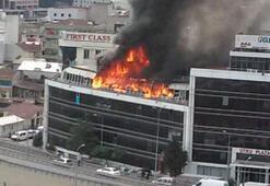 İkitellideki plazada yangın paniği