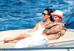 Beckham'dan mutlu aile pozu