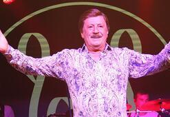Selami Şahin konserinde Yalın sürprizi