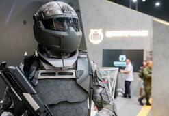 Rus askerleri Demir Adam yapacak robotik kamuflaj testleri geçti