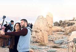 Nemrut Dağı'na 10 bin ziyaretçi