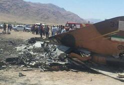 İranda askeri uçak düştü