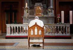 Son dakika... Papaya istifa çağrısı Çocuk tacizi olayını biliyordu