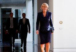 Avustralyada dışişleri bakanı istifa etti