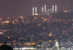 Minareler 3 boyutlu aydınlatıldı