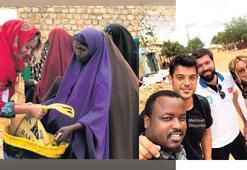 Somali'de kurban dağıttı