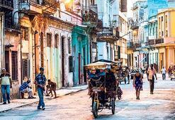 Bu yıl 50 bin kişi Küba'ya uçacak