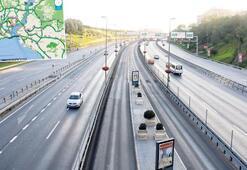İstanbul'da dün sabah saat 08.00, yollar bomboş