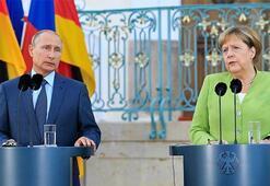Merkel: İdlib ve çevresinde insani felaket yaşanmasını önlemeliyiz