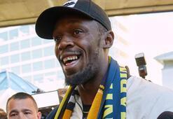 Usain Bolt, futbolculuk kariyeri için Avustralyada