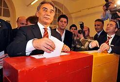 Galatasarayda başkanlığa Adnan Polat seçildi