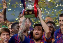 Messi Barcelonada 33. kupasını kazandı
