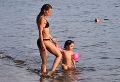 Yıldız Asyalı kızı ile Bodrum tatiline devam ediyor