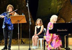 Gülsin Onay ve Alexander Markovdan müzik ziyafeti