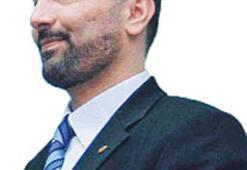 MÜSİAD'da 'Ömer'lerin  bayrak değişimi olacak