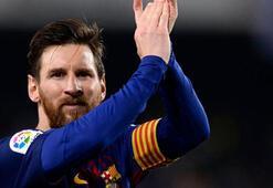 Barcelonanın kaptanı Messi oldu