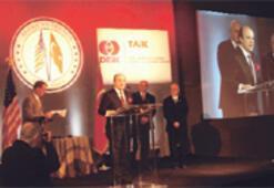 Yılmaz Argüden'e Üstün Vatandaşlık Ödülü