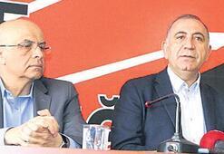 CHP'li Tekin'den 'Berberoğlu' açıklaması: Arkadaşımızın ölümünü beklemeyiz