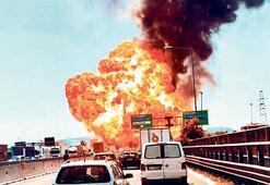 İtalya'da otoyolda patlama dehşeti