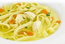 Erişteli tavuk çorbası tarifi