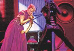 Kylie İstanbul'a, İstanbullu Kylie'ye hayran kaldı