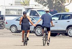 El ele bisiklet keyfi